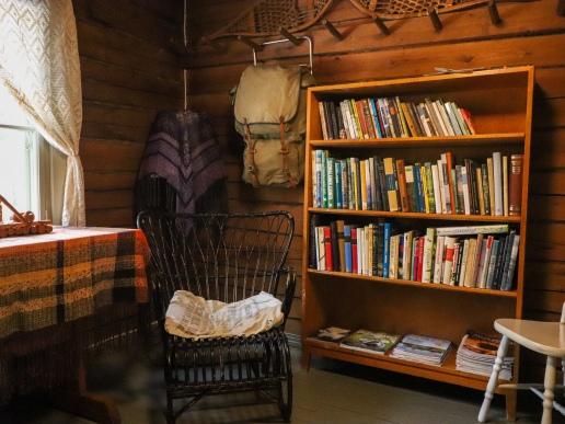 Kirjastoa